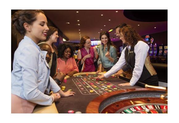 Blik achter de schermen in holland casino: met de kaarten op tafel