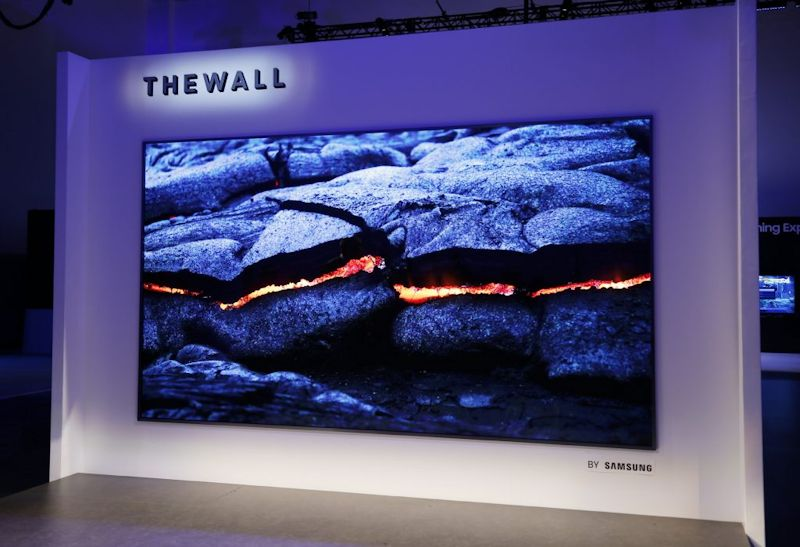 Samsung onthult 'The Wall': 's werelds eerste modulaire MicroLED 146 inch TV