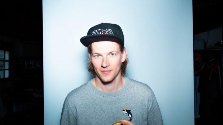 3FM-dj Sander Hoogendoorn geeft eindexamengala met Donnie cadeau