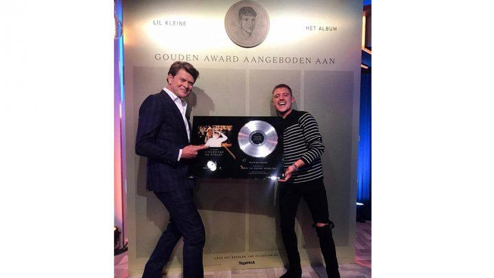 Lil Kleine ontvangt platina award voor meer dan 100 miljoen streams en onthult grootste gouden plaat ooit